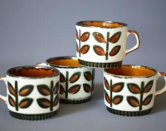 BOCH Belgium Teacups, Rambouillet Design, Belgian Teacups, 1960s Teacups, Retro Serving Ware, La Louviere, Mid Century Coffee Cups
