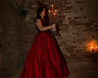 Gothic red and black wedding dress, Alternative bridal gown
