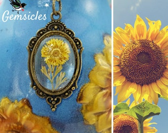 Sunflower Necklace, Yellow Flower Necklace, Real Flower Victorian Jewelry, Yellow Daisy Necklace, Dried Flower Necklace, Florist Gift, N1179