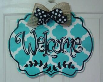 Welcome Wood Door Hanger Sign
