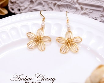 Gold pearl earrings Gold flower earrings Bridesmaid earrings Drop earrings