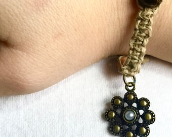 Hemp and Flower Bracelet, Hemp Bracelet, Hemp Jewelry, Hemp, Flower, Flower Bracelet, Flower Charm