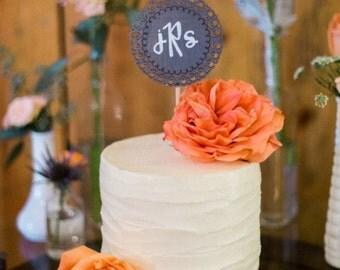 wedding cake topper / laser-cut wooden circle topper / monogram cake topper / small wedding cake.