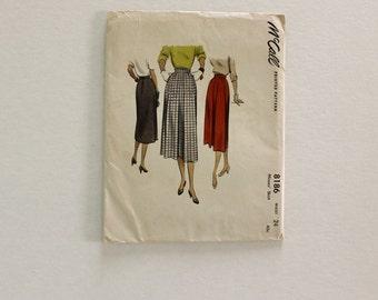 UNCUT McCall 8186 · Waist 24 · 1950s Womens Skirt Pattern
