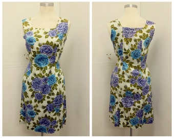 CUTE 1960's Floral Print Shift Dress - Sheath Dress - Wiggle - Rose Print - VLV  - Size M
