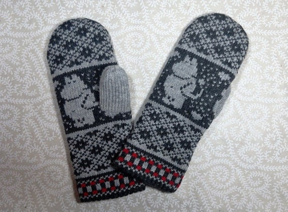 Moomin Knitting Pattern : Hand-made adult mittens with moomin pattern by LanaNere on Etsy