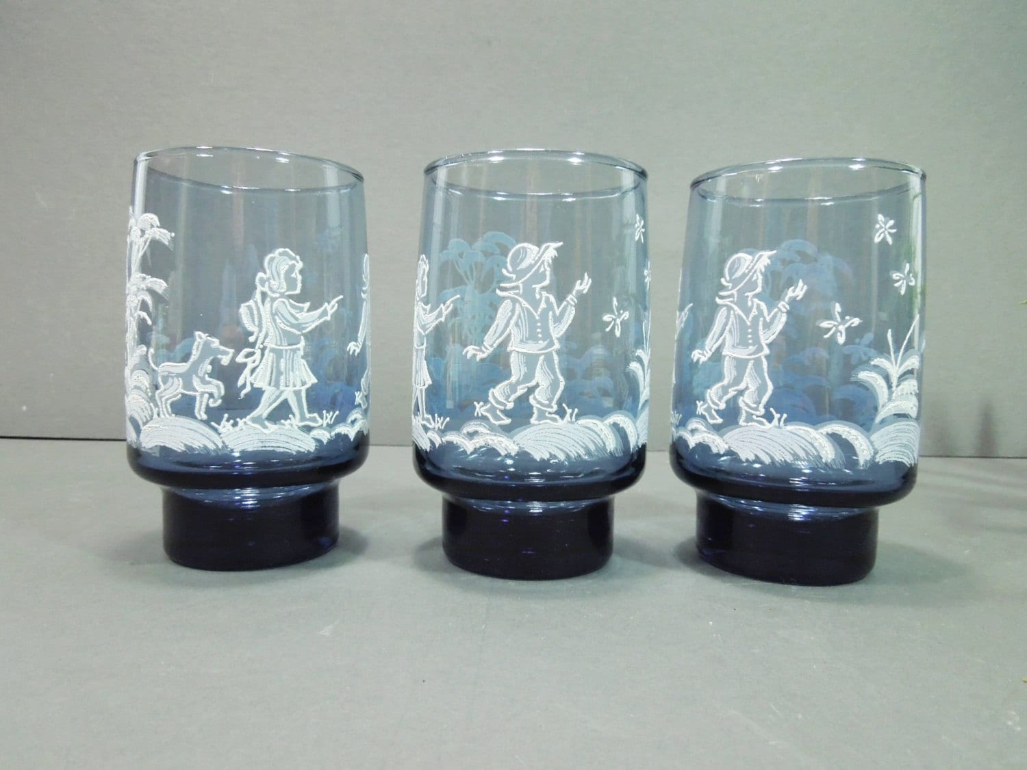 Vintage Drinking Glasses Blue White Mary Gregory Libbey