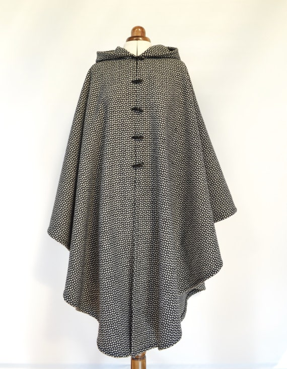 Long Wool Cape, Wool Hooded Cloak, Hooded Cape, Plus Size Cape Coat, Long Wool Poncho, Winter Cape Coat, Medieval LARP Cloak