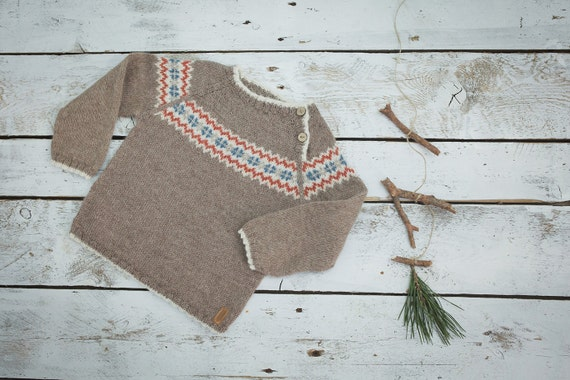 Fair isle sweater in beige / Hand knit alpaca baby pullover /