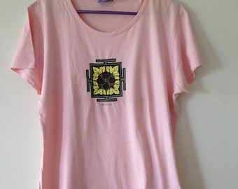 Vintage T Shirt, Pale Pink, Womens T Shirt, Plus Size, Tantra Design, Tantra T shirt, Half Sleeves, XL, Everyday wear, Soft Cotton