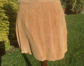 Vintage Suede Mini Skirt With Punched Out Hem Detailing Hippy Boho Chic Bohemian Festival Western Line Dance 29in Waist c 1970s