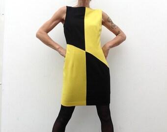 1970s vintage Louis Feraud dress yellow/black wool shift dress asymmetrical MOD POP-Art