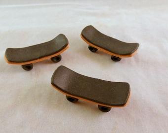 12 count gumpaste skateboards - skate park birthday cake - fondant skateboard - sugar skateboard cupcake topper - skater cake