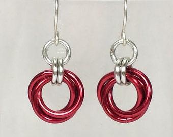 Mobius Chainmail Earrings - Red