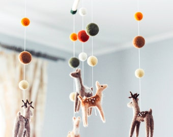 Needle Felted Baby Mobile, Forest animals, Deer Family, Woodland Baby Crib Mobile, Baby Shower Gift