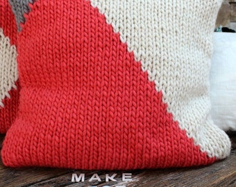 Geometric knit cushion Cover. Silver & Coral pillow. Chunky knit cushion. Throw pillow. Make for Good. Matching Set Pillows. Pink Cushion.