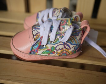 Girls handmade Baby Shoes 9 - 12 months All Leather