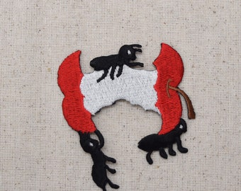 Apple Core - Covered in Ants - Picnic Food - Fruit - Iron on Applique - Embroidered Patch - AP-336076