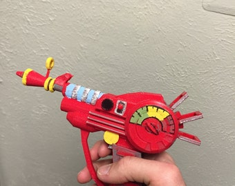 SALE!!! Zombies Ray Gun Replica
