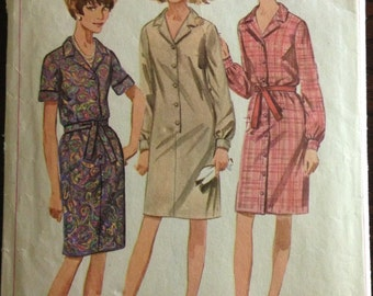 Simplicity 6698 - 1960s Button Font Notched Collar Shirt Dress - Size 12