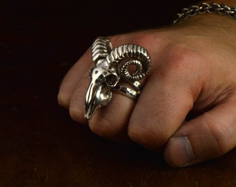 Sterling ram skull ring. Ring with horns. Big skull ring. Skull ring for man. Unholy ram skull ring. Biker skull ring. Rock and roll jewelry