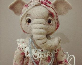 Elephant Liza (felted doll)