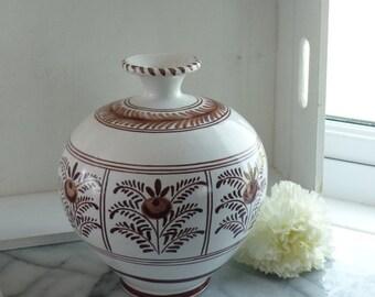 Brown & cream 8 inch dried flower ceramic vase