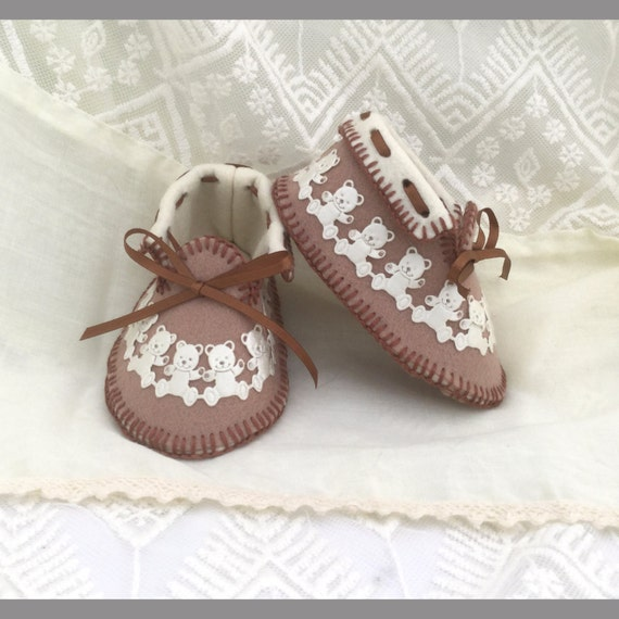 Cocoa & Cream Moccasins Pure Wool Fully Lined Gift Boxed. 0-3 Mths. OOAK