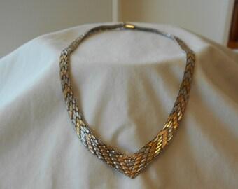 Vintage sterling silver two tone V riccio necklace