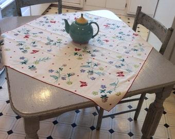 Vintage Tablecloth Polka Dot Meadow w Clover & Butterflies MWT