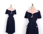 Vintage 1940s Dress / 40s Rayon and Linen Dress / Navy and Pink (small S)