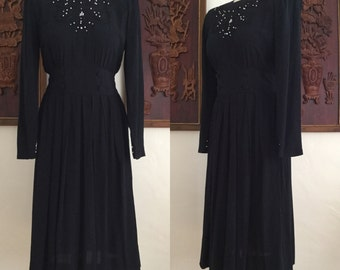 Vintage 80s / Karin Stevens / Rayon / Black / Long Sleeve / Beaded / Pearls / Party Dress / Small / Size 4