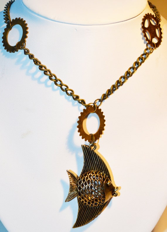 Steampunk Fish Necklace, steampunk jewellery, steampunk necklace, fish necklace, steampunk Fish, steampunk