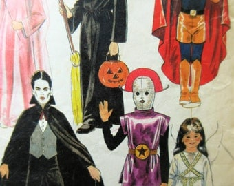 Vintage McCall's 7316 Sewing Pattern, Child's Costume Pattern, Halloween Costumes, Alien Costume, Dracula, Witch, Superhero, Angel, 1980s