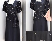 RESERVED.... 1940s Adorable XL 34 waist floral day dress
