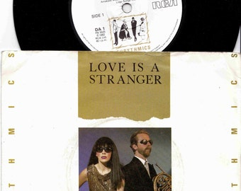 "EURYTHMICS Love Is A Stranger 1982 Uk Issue 7"" 45 rpm Vinyl Single record synth pop new wave rock 80s music Annie Lennox Da1  Free Shipping"