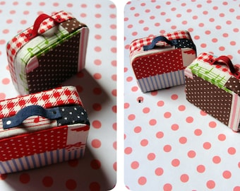 Suitcase - Miniature for Dolls by DanielaPink
