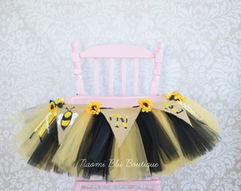 Bumble Bee Tutu High Chair for Birthday. Bee Day Birthday Party Decoration, Tulle Table Skirt, Tulle Highchair Tutu. Cake Smash First 1st