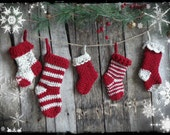 Primitive Christmas Crochet Stocking Garland, Rustic Holiday Decor, Traditional Country Christmas, OFG FAAP