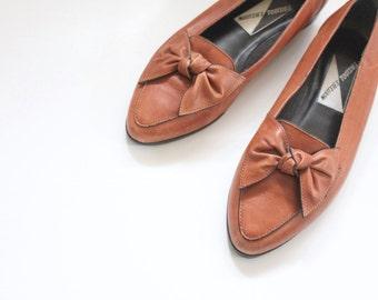 S A L E leather bow flats / 7/7.5