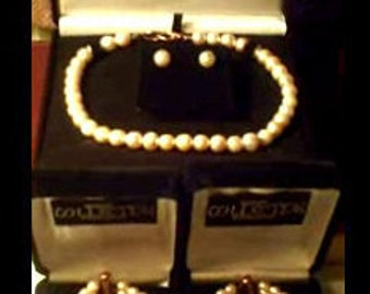 Pearl Necklace  Earrings Bracelets  [Pink]