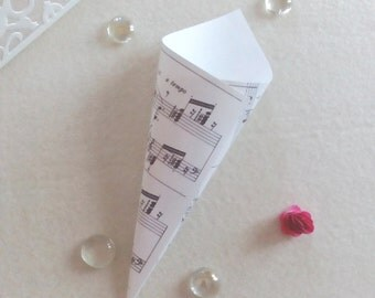 White confetti or rice Cones Kit door ivory ribbed-Theme music