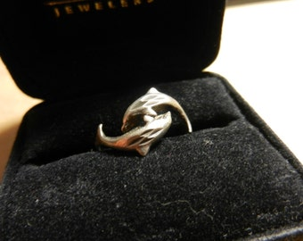 Vintage Sterling Silver Dolphin Ring Size 8