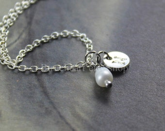 Silver Initial Necklace and Pearl, Personalized Necklace, bridesmaid jewelry, mother's Day gift