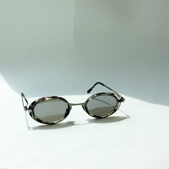 Wire Frame Glasses Vs Plastic : Vintage Camouflage Oval Wire Frame Sunglasses Wire Plastic