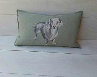 Green dachshund Cushion cover ~oblong linen sausage dog pillow cover~ dachshund gifts, dog lovers, wiener dog, dachshund cute, wiener pillow
