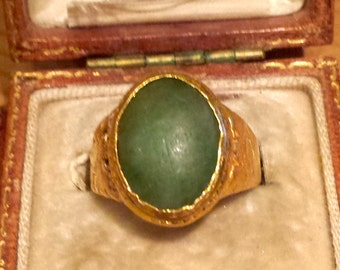 1890- 1920 Chinese Jade Ring Hallmarked 24K in Chinese and English