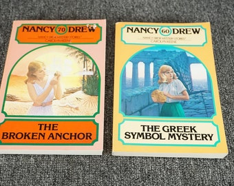 Vintage Set Of 2 Nancy Drew Novels By Carolyn Keene