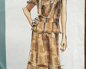 2877 Vogue Pattern 2877 Donna Karan DKNY Lace Top and Skirt 2877, Donna Karan DKNY  sizes 12 14 16