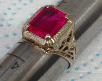1920's 14K Gold Ruby Ring - Beautiful!